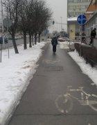 Odśnieżona droga rowerowa
