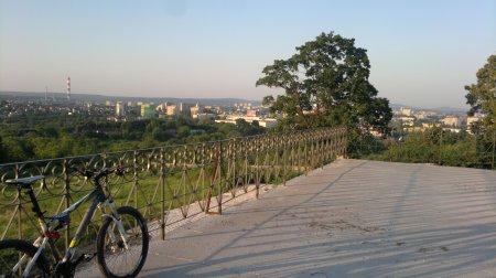 Ostatnie legalne zdjęcie z rowerem na Karczówce