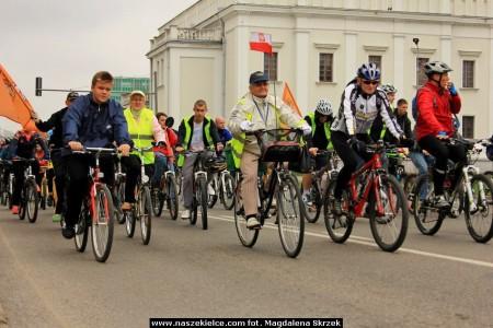 rowerowa_masa_krytyczna_dzień_bez_samochodu_2013_fot.3